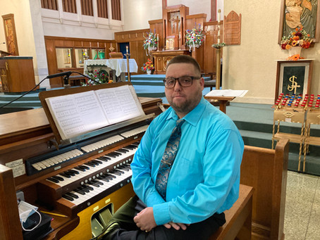 Welcome Organist Dom Fratangelo