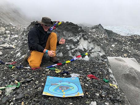 Dice Derbi goes to Mt. Everest
