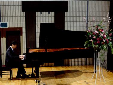ピアノ教室に新しい講師の先生をお迎えしました!