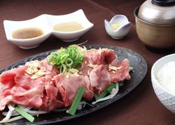 牛肉鉄板焼しゃぶ御膳  1,650円(税込)
