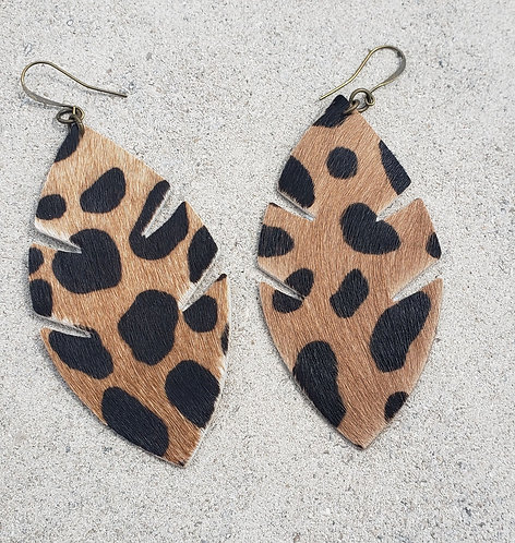 Cheetah Palm Leaf
