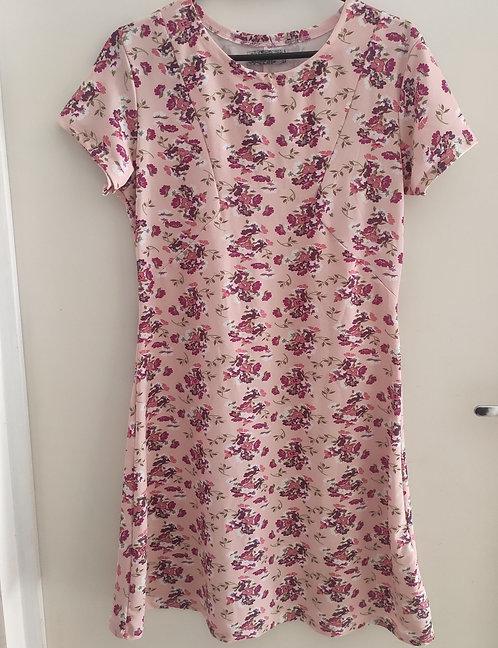 Vestido rosa florido casual