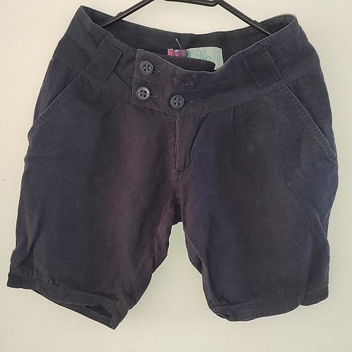 Shorts azul feminino