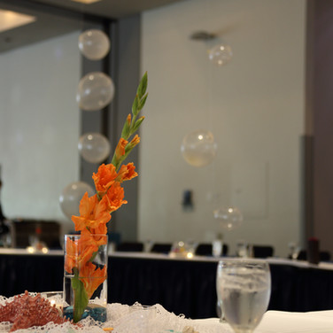 Table Decorations and Balloon Bubbles