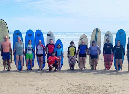 The Beginners Guide To Surfing : Learn How To Surf
