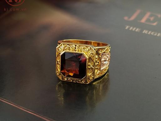 Nhẫn nam thiết kế dựa trên viên đá Garnet thiên nhiên có sẵn của khách hàng Trung Đại ( Ninh Bình)