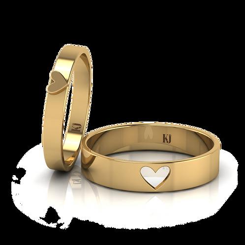 Nhẫn cưới thiết kế trái tim lồng KJW0064