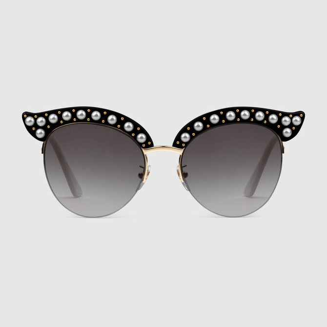 Check out these new Gucci Cat Eye Glasses with Pearls!