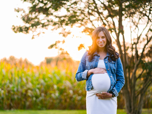 Fall Family Photos | Coordinated Fall Outfits for a Maternity Photoshoot
