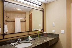 Guest Bathroom at Indian Lakes Hotel