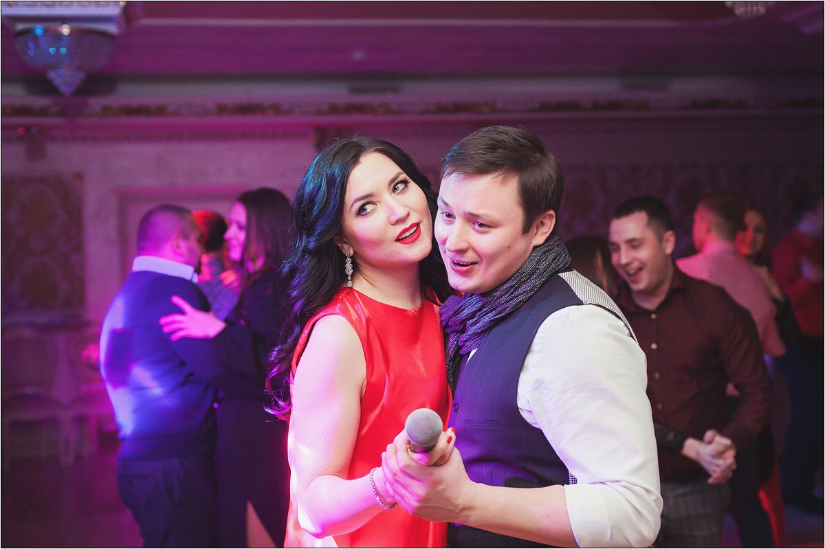 Дуэт ведущих Алексей и Евгения