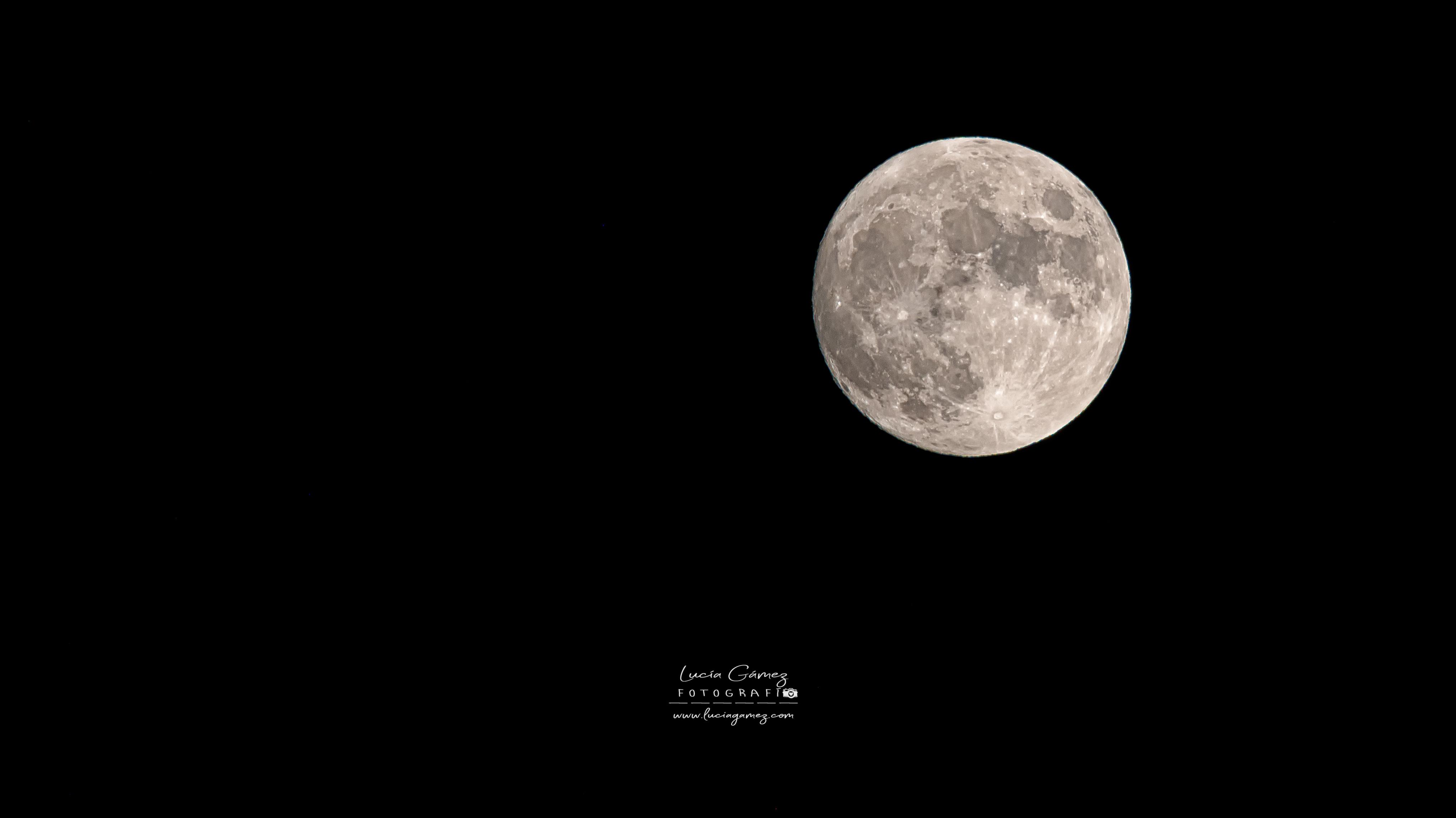 Luna creciente 98,77% 02.08.2020
