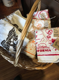 Local Eco-Friendly Gifts