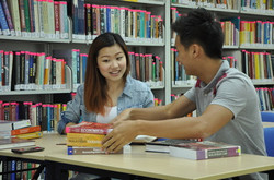chinese girl in library
