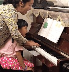 ピアノ 子供 女