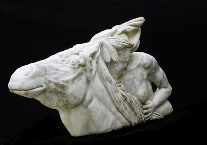 Amazone Osmose, marbre de Carrare.jpg