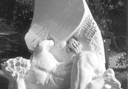 Icare, marbre blanc de Pietrasanta, coll
