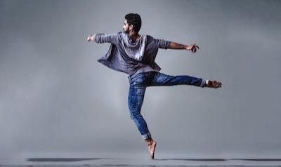 Agile dancer