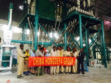 Avion d'installation des ingénieurs de Hongdefa en avril et mai
