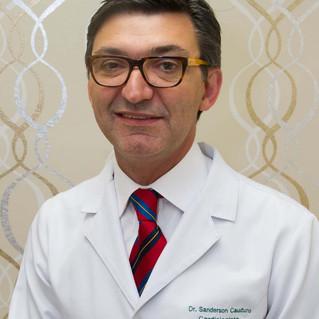 Médico da Cardio&Saúde realiza palestra sobre cardio-oncologia no idoso em jornada científica
