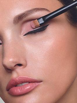 17_RV_20_Makeup_Sommer-238_IsoV2.jpg