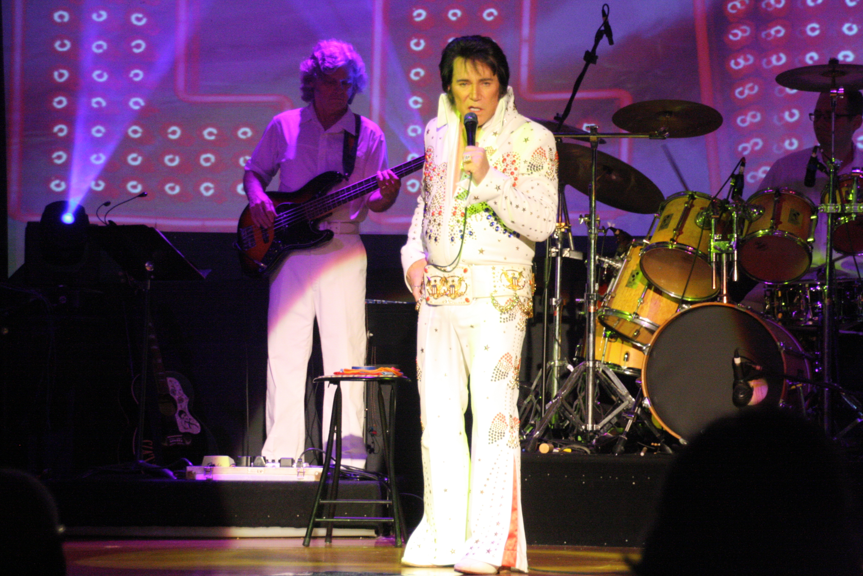 Elvis Live - Aloha From Hawaii