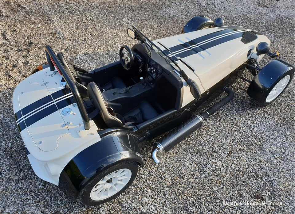 Westfield Fw300 st1 220 cv Black and Whi