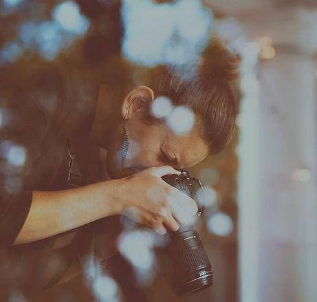 about nicole rochelle wedding photographer