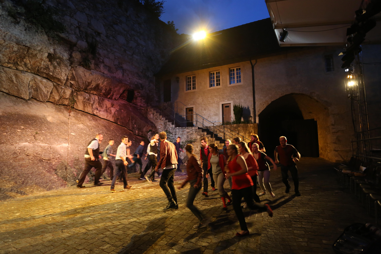 Montagues - Capulets