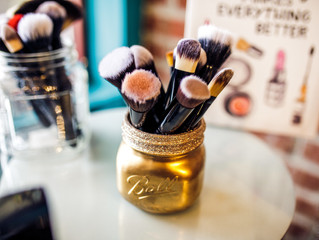 Clean those makeup brushes! Why & How to keep those babies clean.