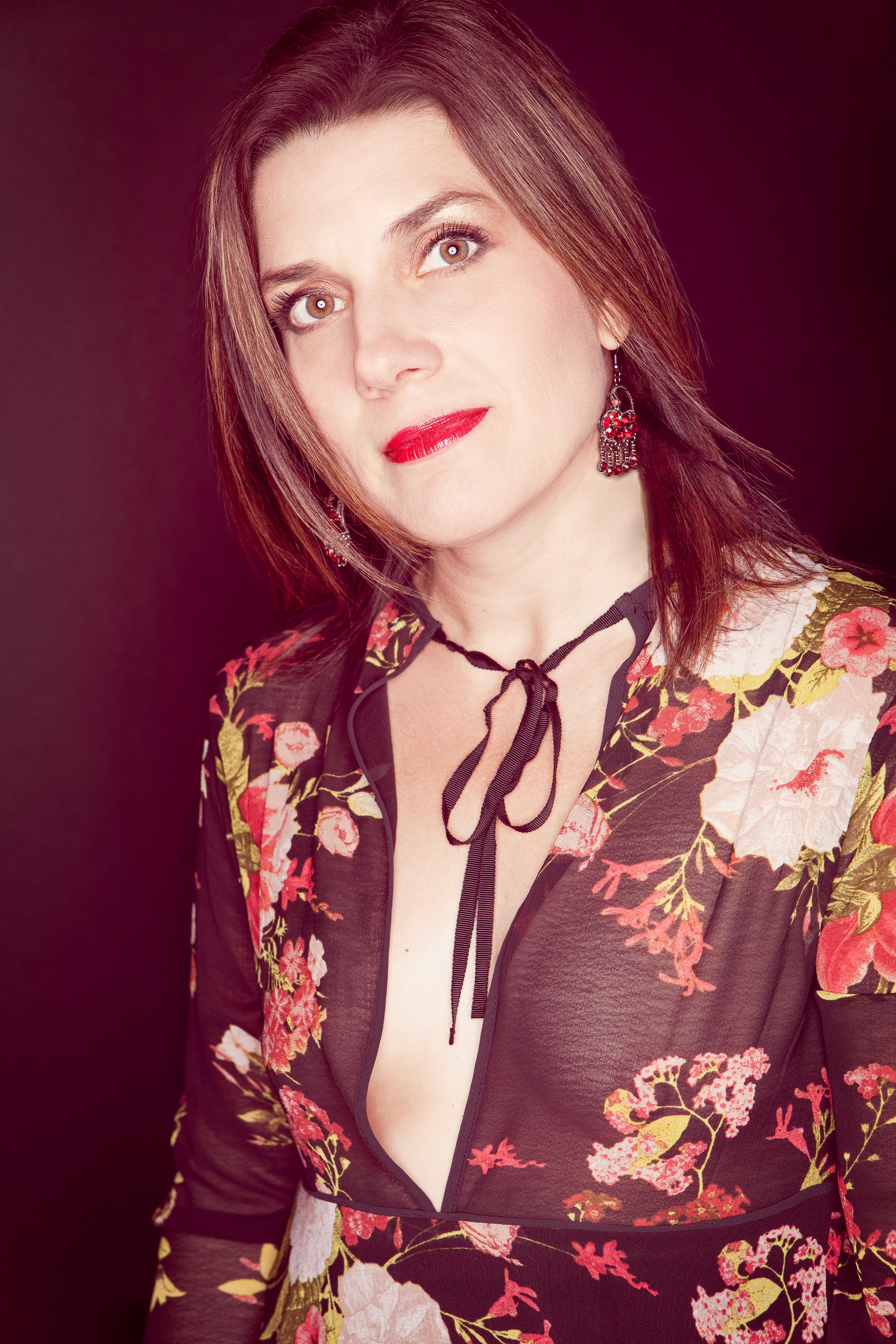woman_sheer_fashion_jasondelkou