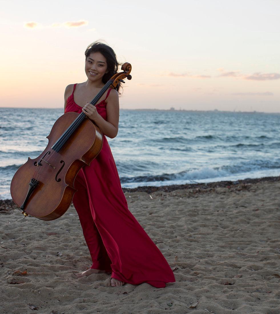 Sarah Kim cello