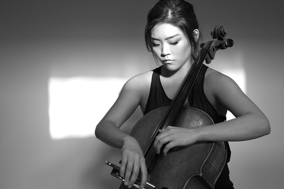 Sarah Kim cello - cellist photo Pia Johnson