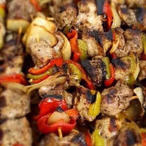 Свинско шишче със зеленчуци – 2 бр.
