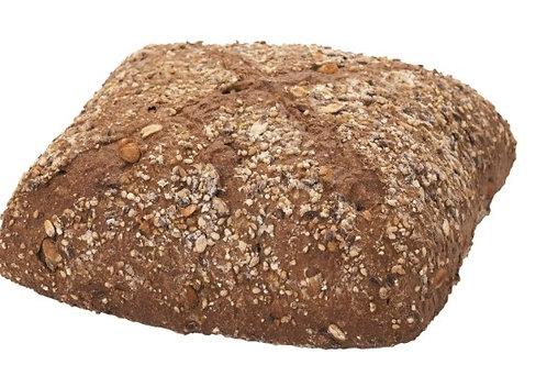 Черен многозърнест хляб 420гр.