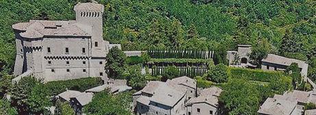 castello-di-fighine-1_edited.jpg