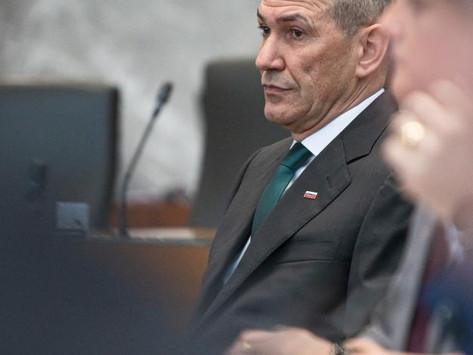 Slovenian pääministeri hyökkää toimittajia ja sananvapautta vastaan