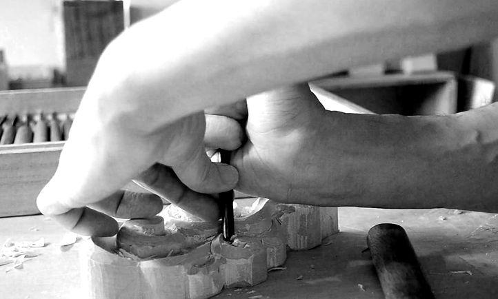 祈り雲彫刻制作
