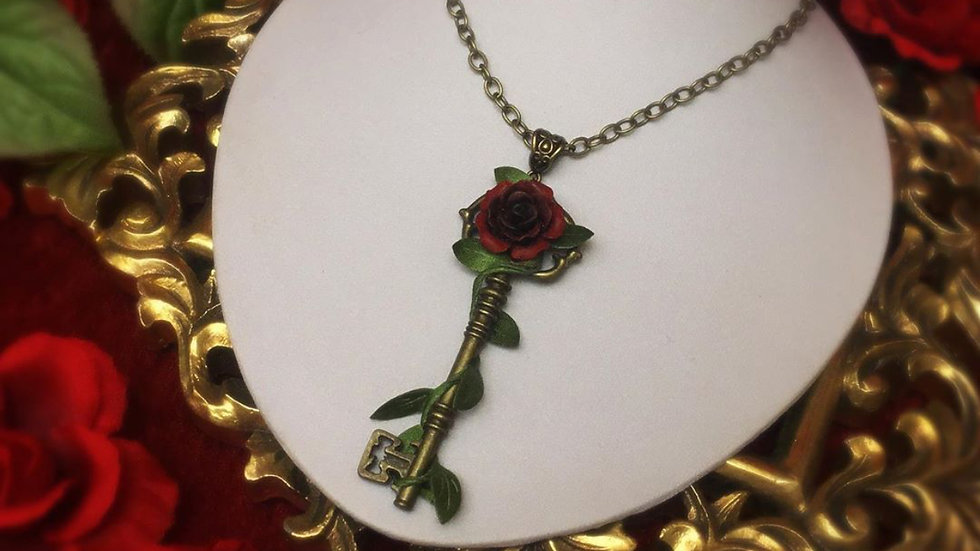 Vined Key Necklace - Red