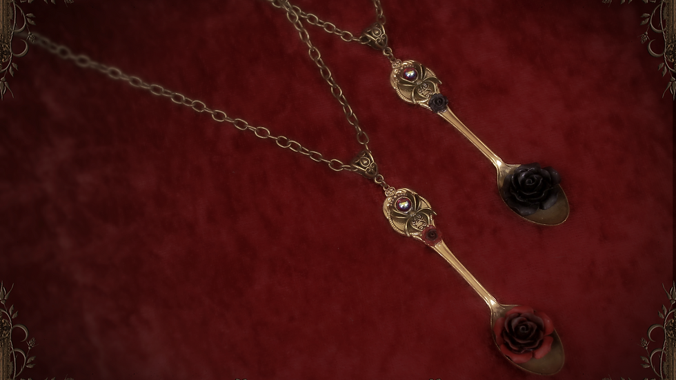 Spider's Tea Spoon Necklace - Red