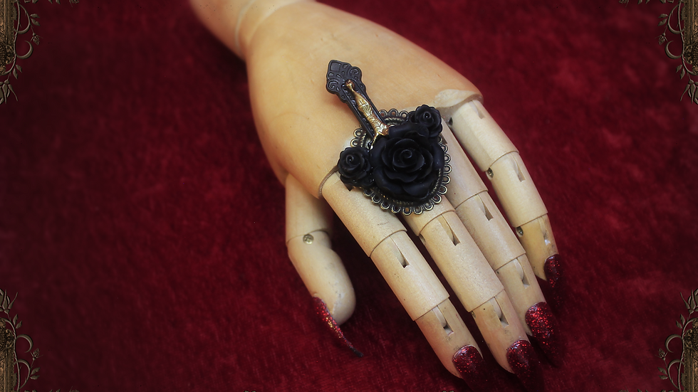 Vampire's Requiem Ring - Black