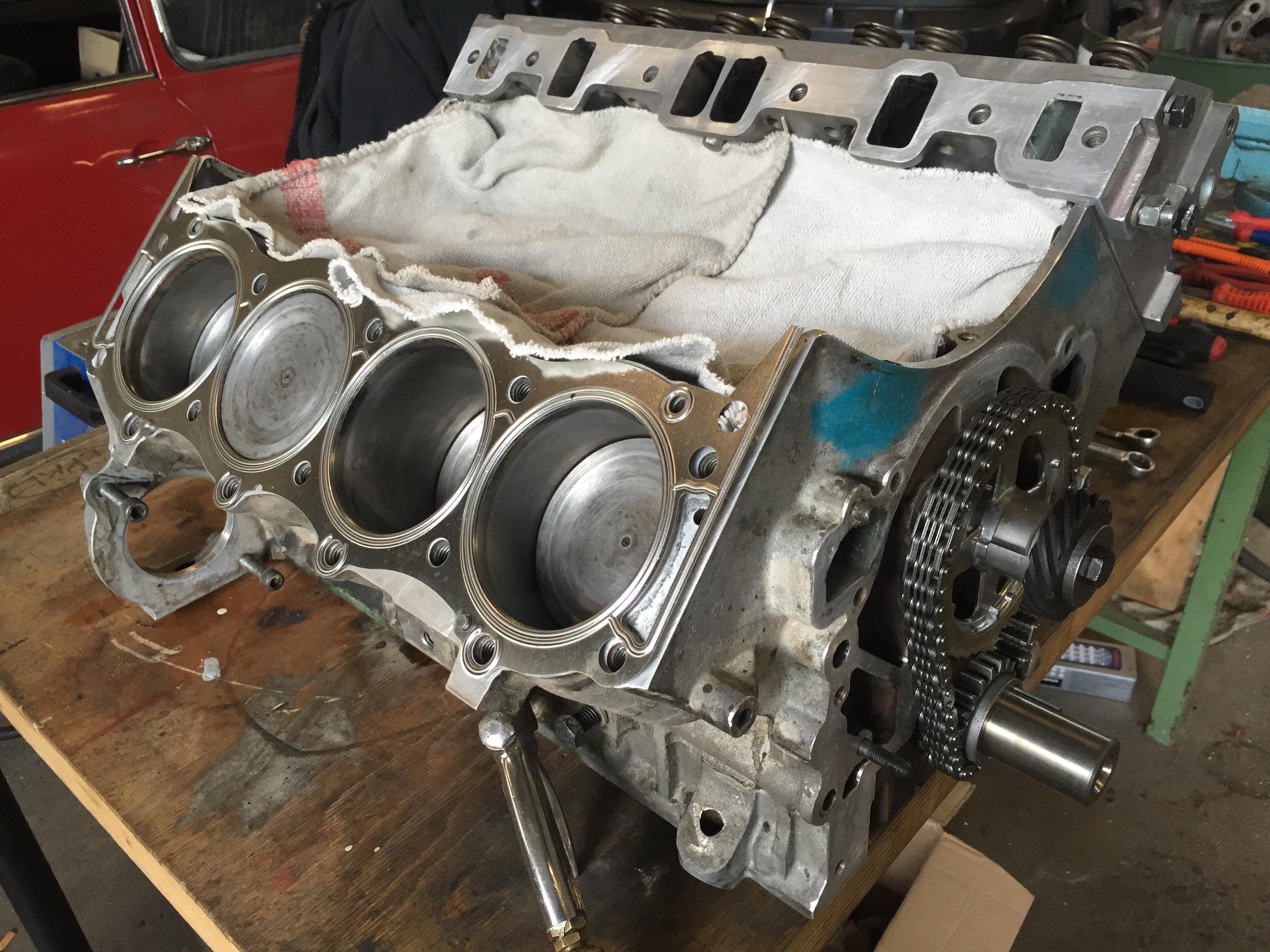V8 Motor Revision