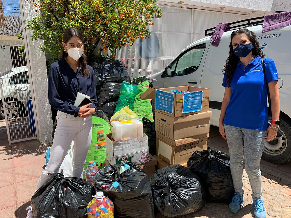 Caps collected for Canica charity by Surgere employees in Aguascalientes