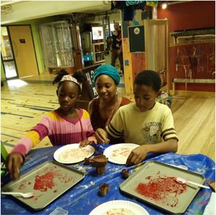 Edible printmaking workshop at Madison Children's Museum