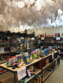 Santa Shoppe 2 .jpg