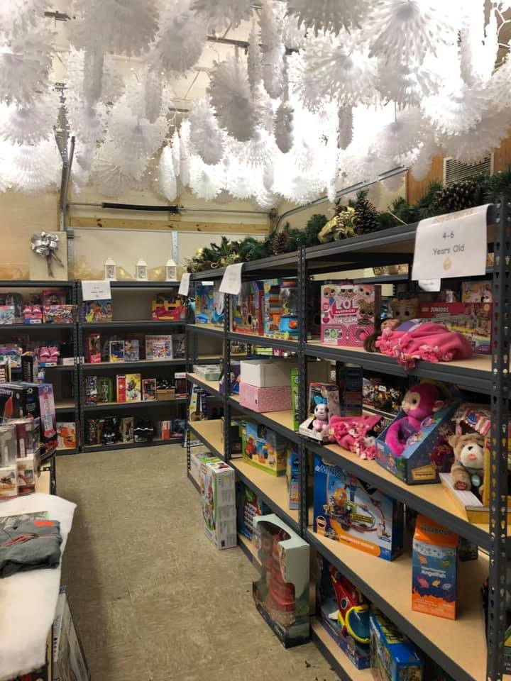 Santa Shoppe 3 .jpg