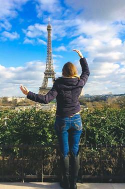 Kirsten in Paris