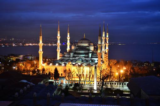 blue-mosque-908510_1920.jpg