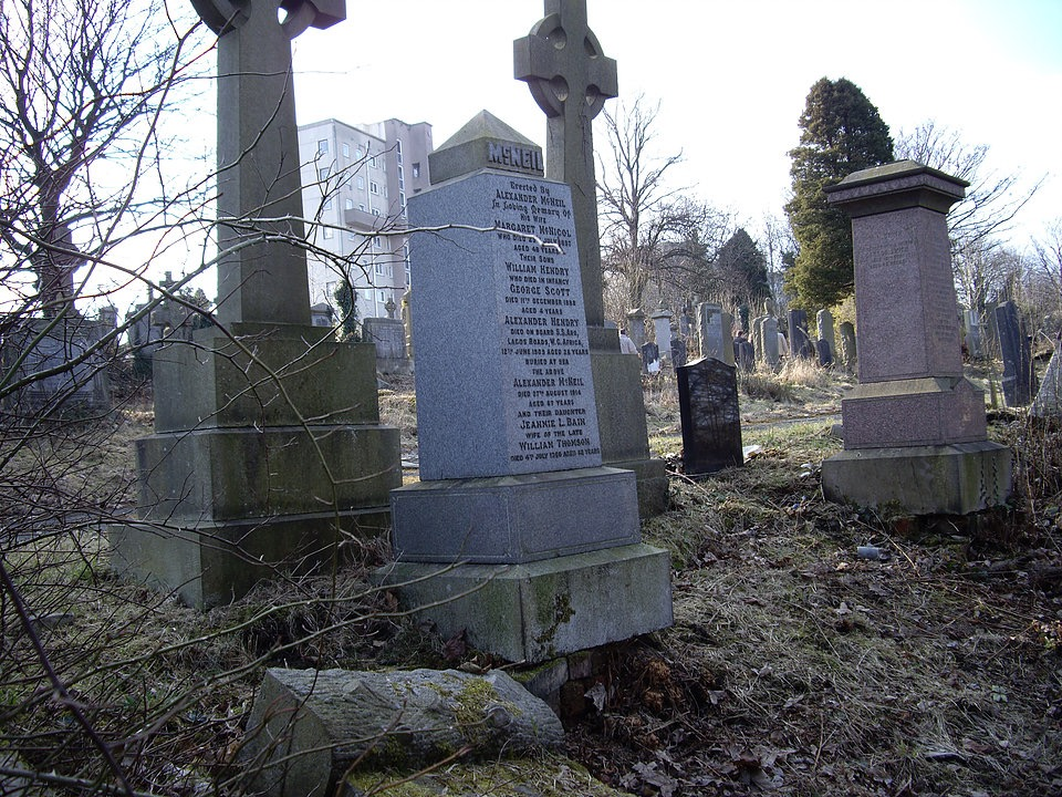 peter McNeil grave before