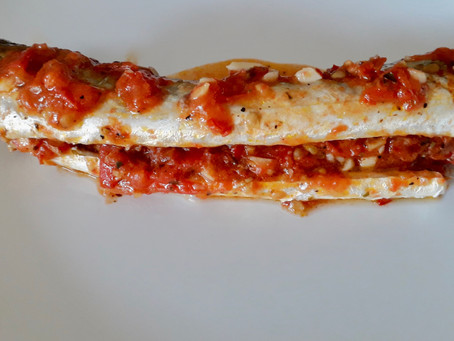 Baked Garfish with Tomato Sauce